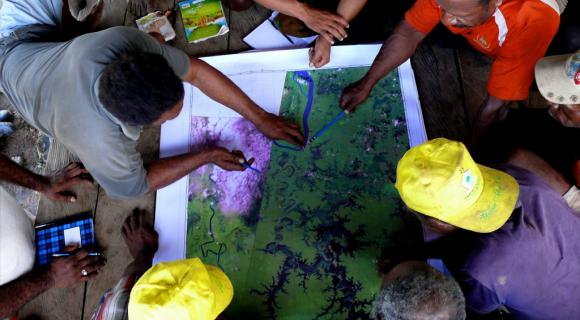 Community mapping exercise, Papua province, Indonesia.